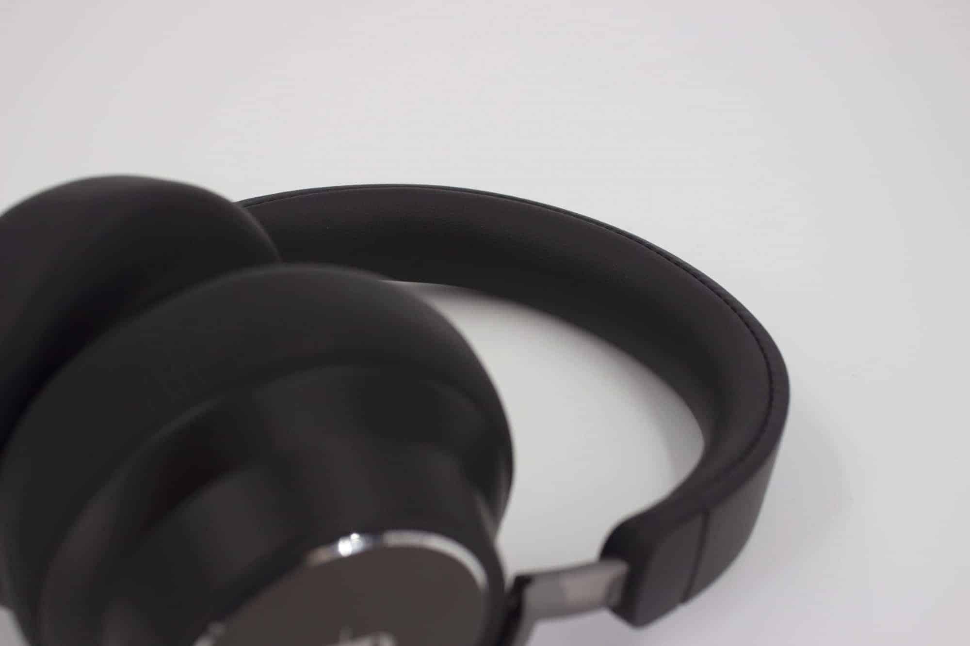 TaoTronics TT-BH046(SoundSurge 46)藍牙降噪耳機推薦 頭枕