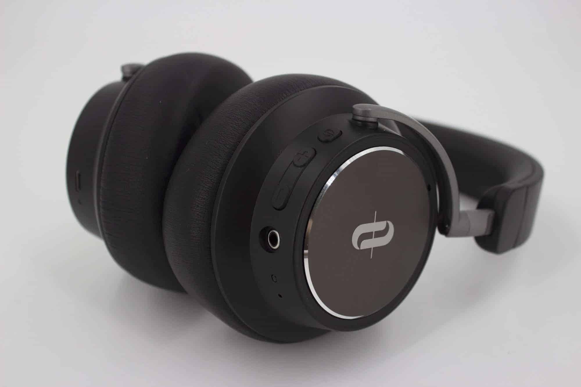 TaoTronics TT-BH046(SoundSurge 46)藍牙降噪耳機推薦 按鍵