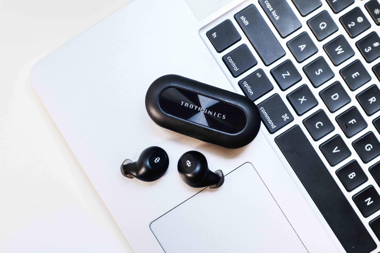左右耳都是主耳?TaoTronics SoundLiberty 77(TT-BH077)真無線藍牙耳機推薦